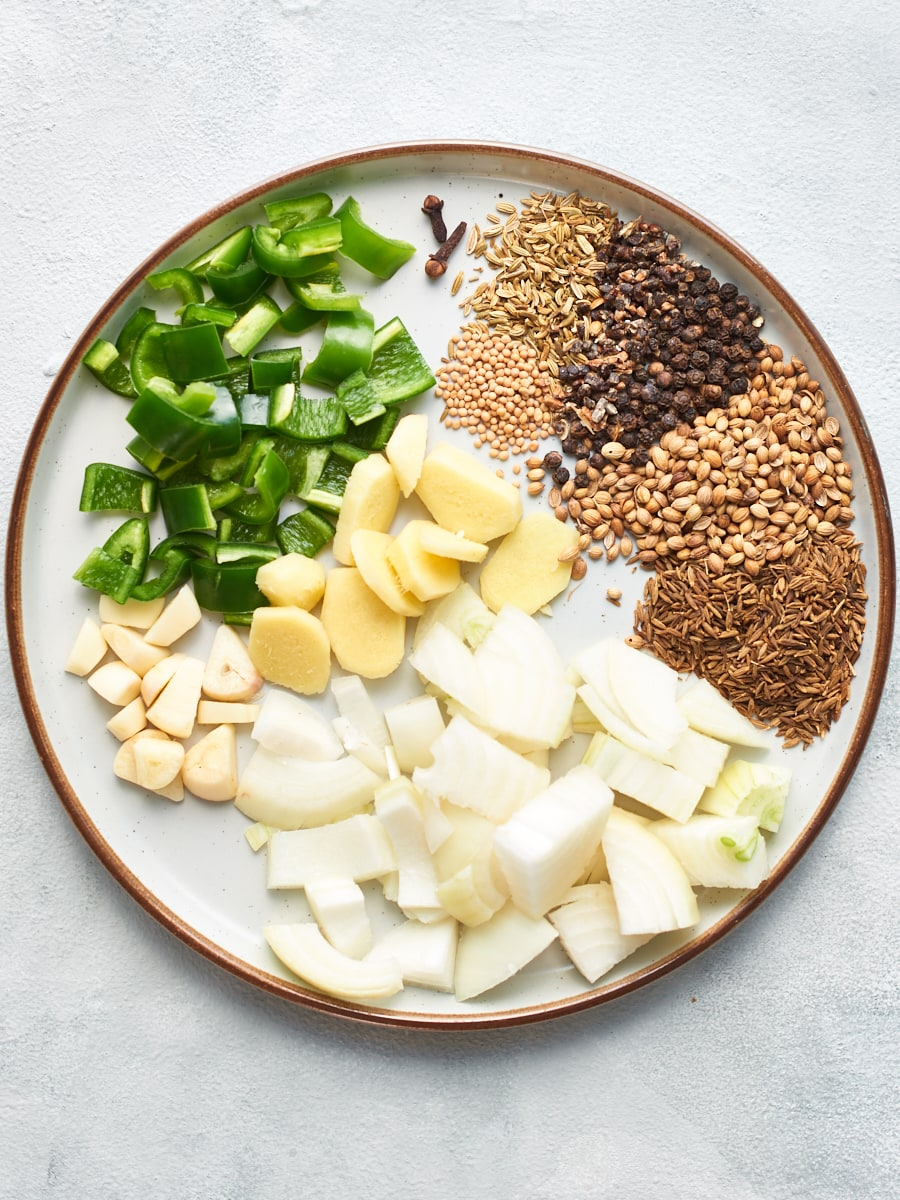 Ingredients for homemade vegan curry paste