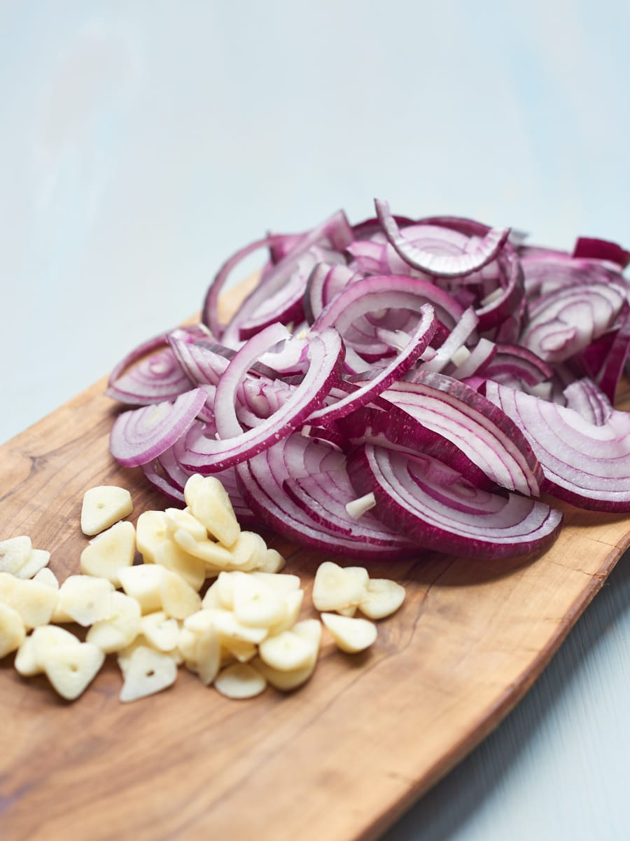 Onion and garlic for tagine