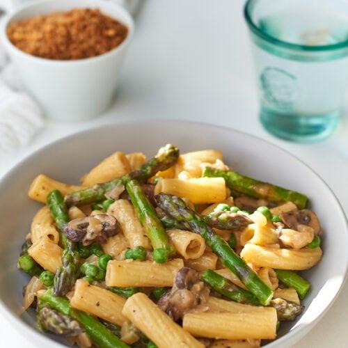 Creamy Mushroom Pasta Rigatoni
