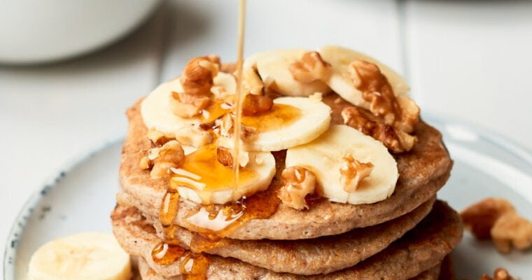 Super Easy Vegan Banana Pancakes