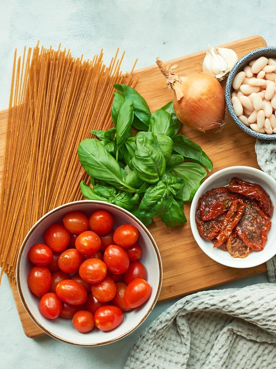ingredients for spaghietti carbonara