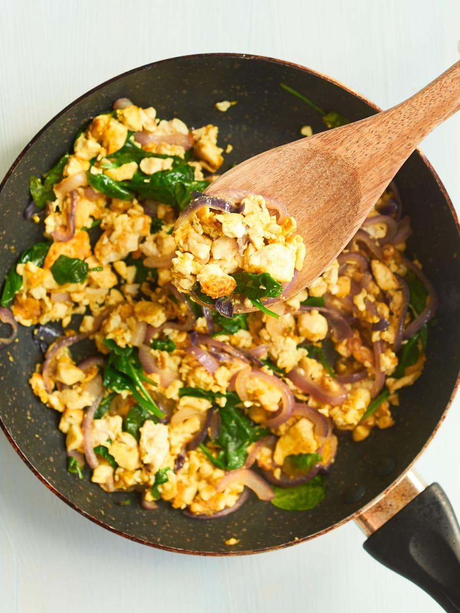 vegan breakfast scramble in pan