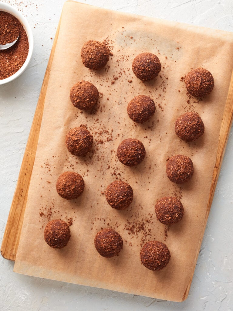 Finished peanut butter bliss balls