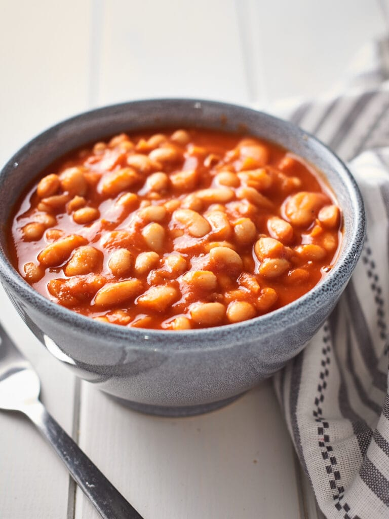 homemade vegan baked beans in a bowl