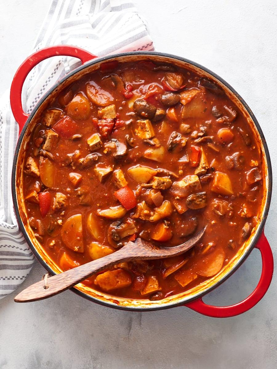 Vegan goulash simmering