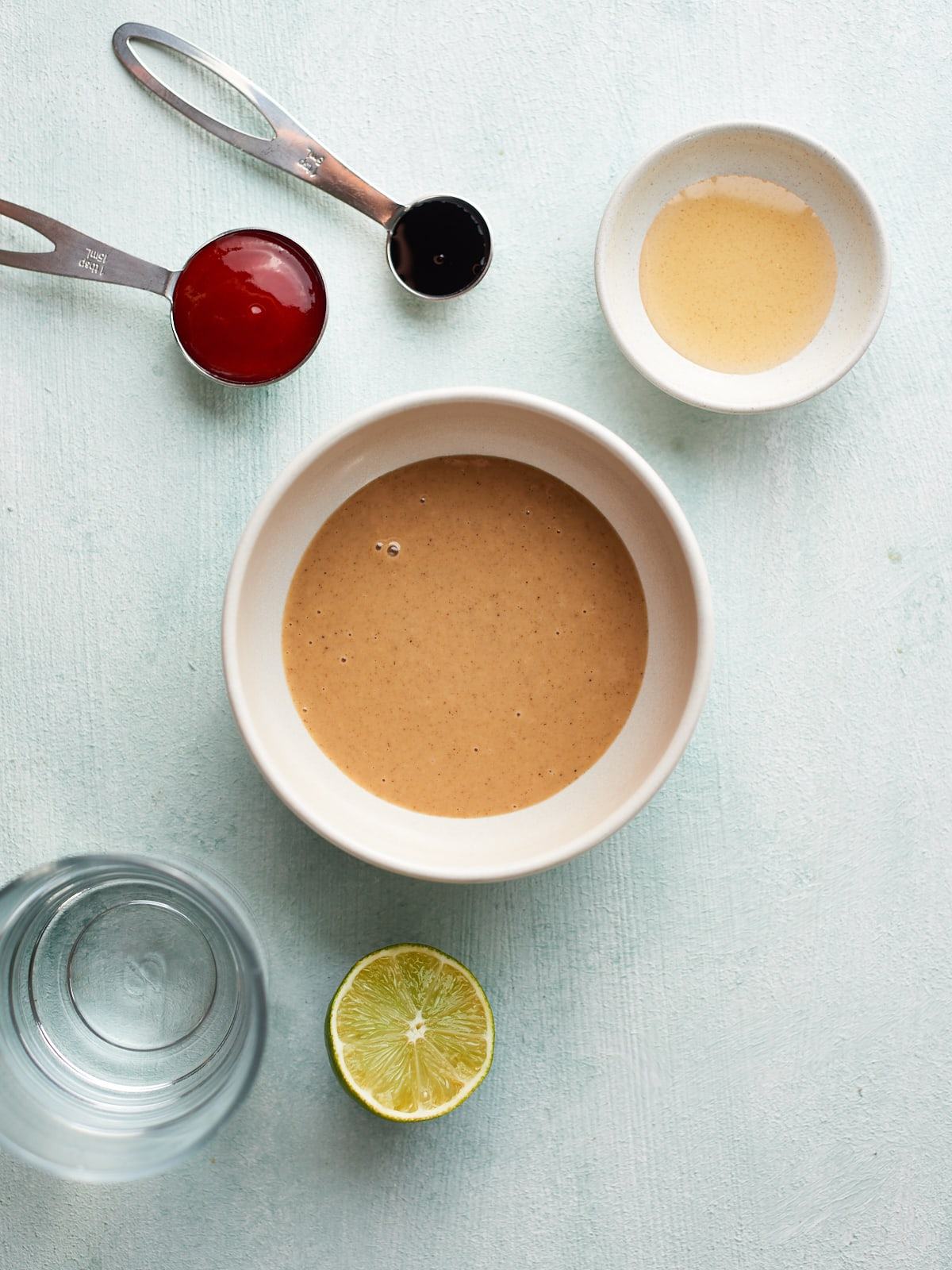 Ingredients for the tahini drizzle