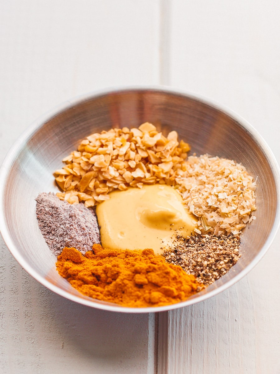 All of the spices for the frittata in a small bowl